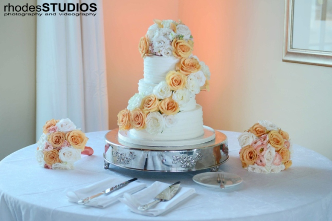 Rhodes Studios, Lee James Floral Design, Orlando weddings, cake